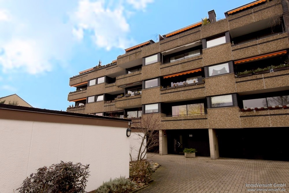 Schön aufgeteilte 3 Zimmer Etagenwohnung mit 82 m² in Altstadt 1 45470 Mülheim an der Ruhr, Etagenwohnung