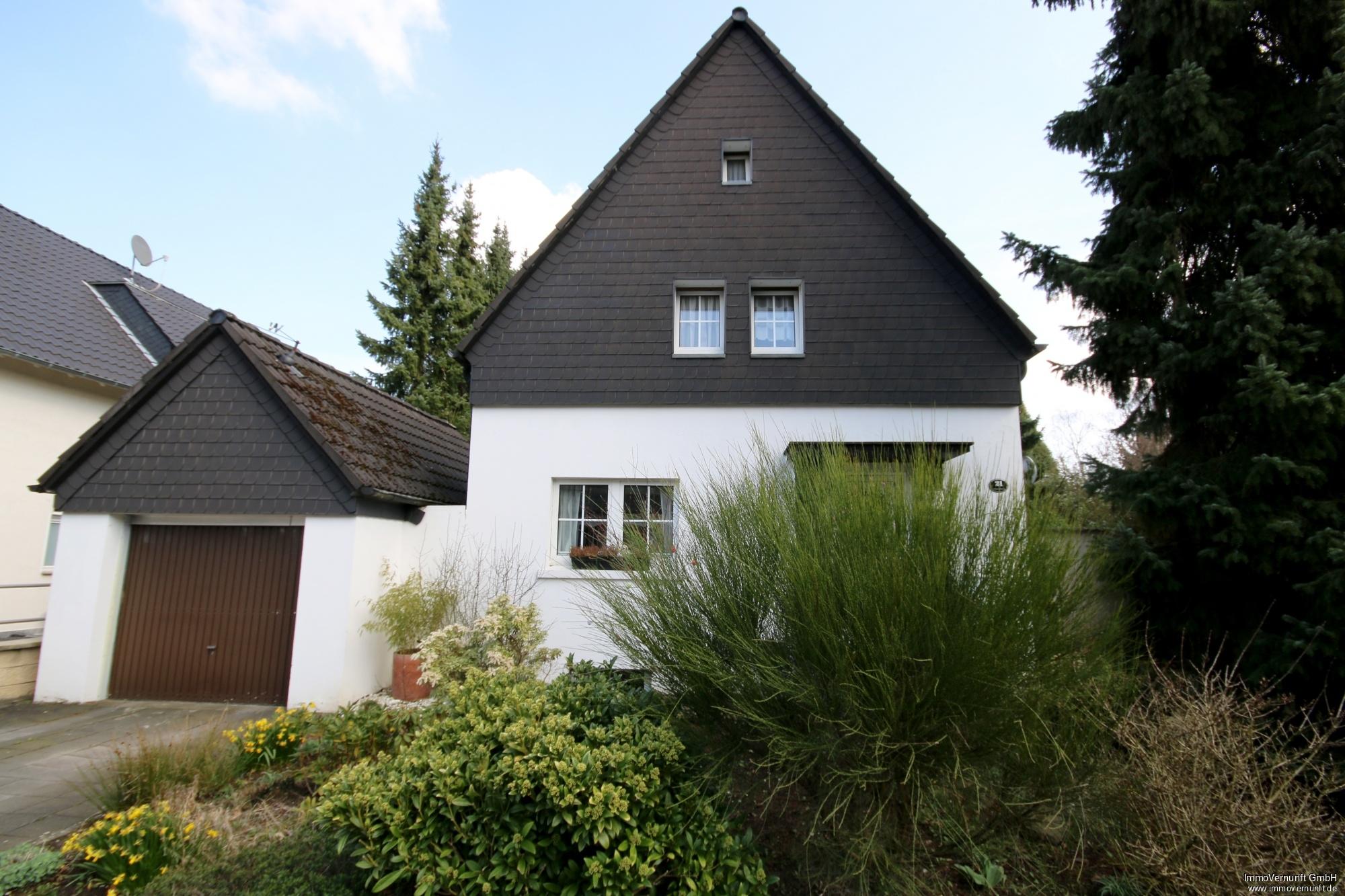 Schönes freistehendes Einfamilienhaus in Saarn 45481 Mülheim an der Ruhr, Einfamilienhaus