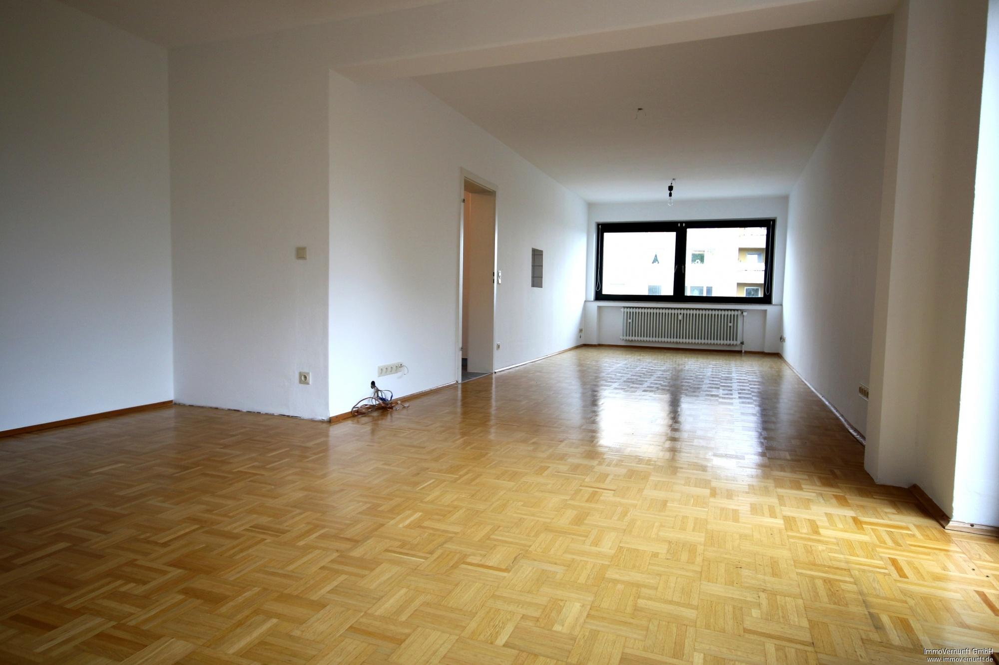Renovierte Eigentumswohnung auf 108 m² 45355 Essen, Borbeck (Stadtbezirke IV), Etagenwohnung