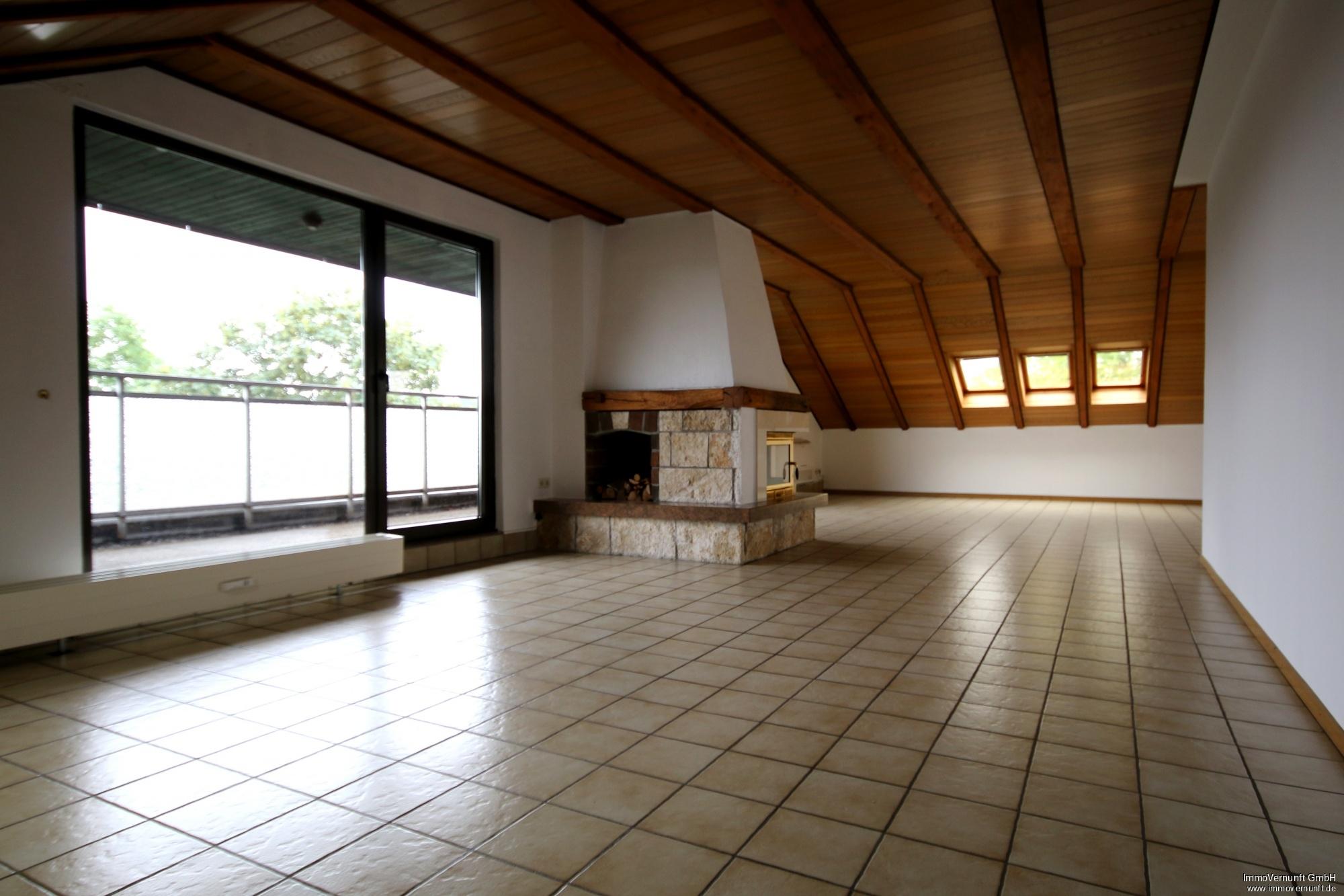 """""""Zwei Zimmerwohnung auf 127 m²  mit zwei Dachterrassen und Kamin in Dorf Saarn """" 45481 Mülheim an der Ruhr, Dachgeschosswohnung"""